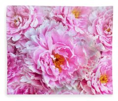 Pink Flowers Everywhere Fleece Blanket