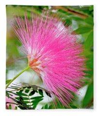 Powderpuff Flower Fleece Blanket
