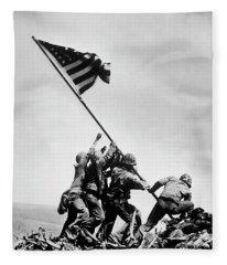 Raising The Flag On Iwo Jima - Ww2 - 1945 Fleece Blanket
