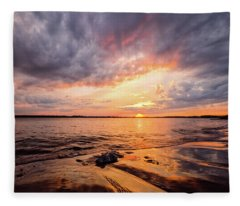 Reflect The Drama, Sunset At Fort Foster Park Fleece Blanket