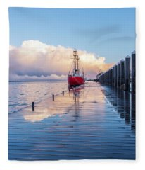 Reflecting Storm Fleece Blanket