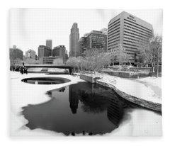 Reflection Of Omaha - Winter - Black And White Fleece Blanket