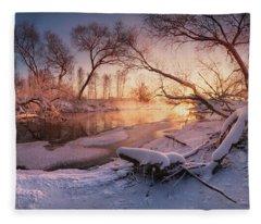 River Portraiture In Evening Light Fleece Blanket