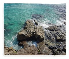 Rocks And Water Fleece Blanket