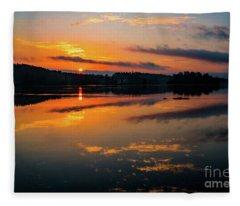 Savannah River Sunrise - Augusta Ga 2 Fleece Blanket