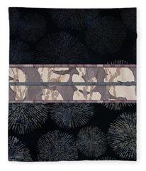 Sea Urchin Contrast Obi Print Fleece Blanket