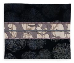 Sea Urchin Contrast Obi Print Fleece Blanket