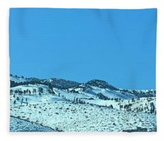 Serria Nevad Mountains Fleece Blanket