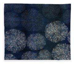 Shibori Sea Urchin Burst Pattern Dark Denim Fleece Blanket
