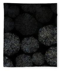 Shibori Sea Urchin Burst Pattern Fleece Blanket