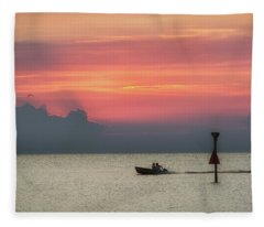 Silhouette's Sailing Into Sunset Fleece Blanket