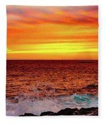 Simple Warm Splash Fleece Blanket