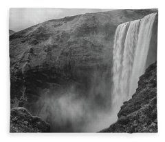 Skogafoss Iceland Black And White Fleece Blanket