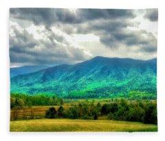 Smoky Mountain Farm Land Fleece Blanket