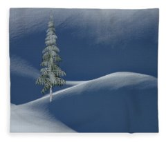 Snow Covered Tree And Mountains Color Fleece Blanket