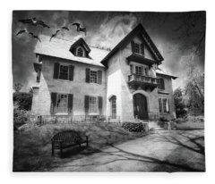Spooky Mansion In Black And White Fleece Blanket