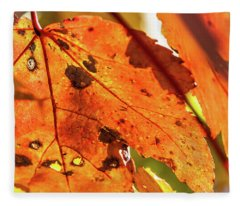 Spotted Red Leaf Fleece Blanket