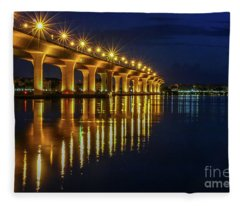 Starburst Bridge Reflection Fleece Blanket