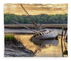 Sunrise Shipwreck Fleece Blanket
