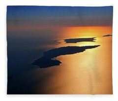 Sunset At Lyon Rock II Fleece Blanket