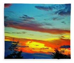 Sunset Drama Fleece Blanket