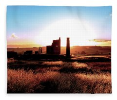 Sunset. Magpie Mine. Fleece Blanket