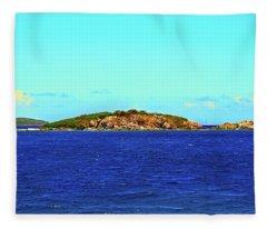 The Cay Fleece Blanket
