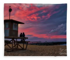 The Last Sunrise Of 2018 At The Wedge Fleece Blanket