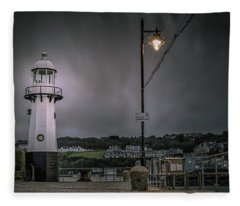 The Light Fleece Blanket