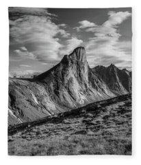 Thor Peak - Clouds Fleece Blanket