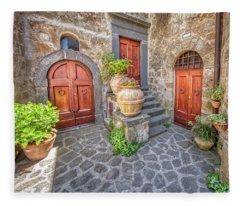 Three Doors Of Tuscany Fleece Blanket