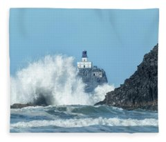 Tillamook Rock Light House, Oregon - Terrible Tilly Fleece Blanket