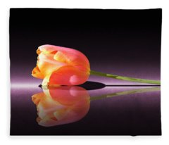 Tulip Reflection Fleece Blanket