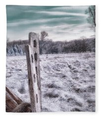 Two Posts Fleece Blanket