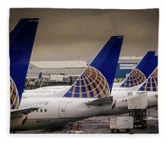 United Tails 02 Fleece Blanket
