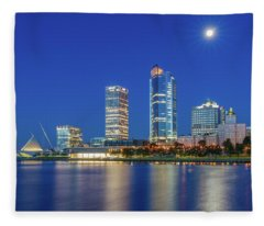 Veterans Park Dawn Fleece Blanket