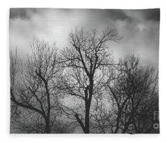 Waiting Bird Fleece Blanket