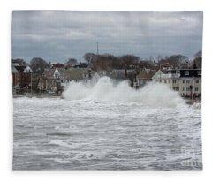 Wave Peaks Fleece Blanket