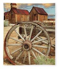 Wheels And Spokes In Color Fleece Blanket