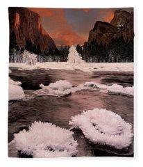 Winter Gates Of The Valley Yosemite National Park Cal Fleece Blanket