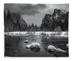 Winter Morning In Yosemite Fleece Blanket