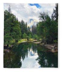 Yosemite Classical View Fleece Blanket