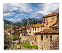 Cantabria Fleece Blankets