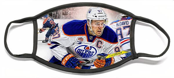 connor-mcdavid-edmonton-oilers-nicholas-legault.jpg?&targetx=-89&targety=0&imagewidth=882&imageheight=495&modelwidth=704&modelheight=495&backgroundcolor=2F263F&orientation=0&producttype=facemaskflat-large&v=5