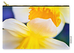 Carry-all Pouch featuring the photograph Daffodils by Roselynne Broussard