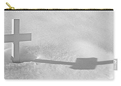 Carry-all Pouch featuring the photograph The Grave Of Bobby Kennedy by Cora Wandel