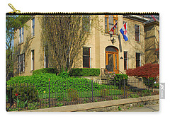 D47l-14 Victorian Village Photo Carry-all Pouch