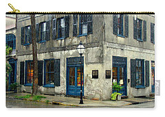 Carry-all Pouch featuring the photograph Art Gallery In The Rain by Rodney Lee Williams
