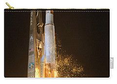 Carry-all Pouch featuring the photograph Atlas V Rocket Taking Off by Science Source