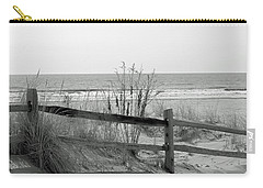 B And W Beach Carry-all Pouch